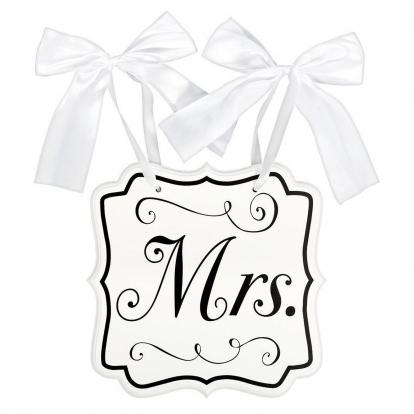 """Riputatav dekoratsioon-plaat """"Mrs."""" (24x25 cm)"""