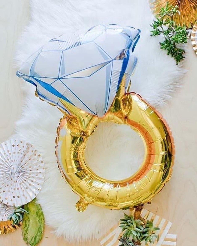 Öelge oma armastusele JAH! #balloon #foilballoon #weddingring #õhupallid #fooliumistõhupallid #heeliumõhupallid #sõrmusedpulmadeks #ideidkihlumiseks #partyinbox #siinelavadpühad